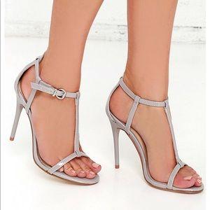 Heeled Sandal T-strap show, grey, worn once